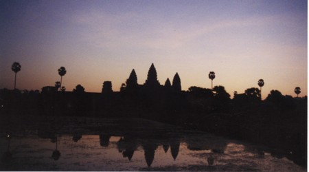 Sunrise_in_angkor