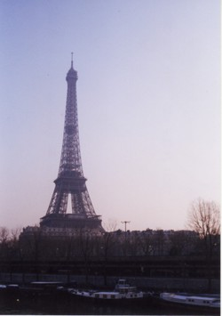 Eiffel_tower_3