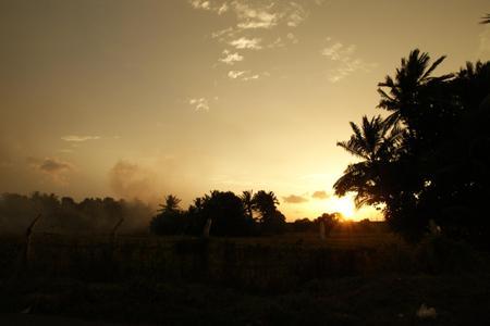 Sunset_in_polonnaruwa