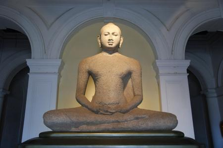 Buddhas_image_in_colombo_national_m