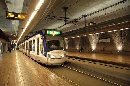 Tram_in_den_haag