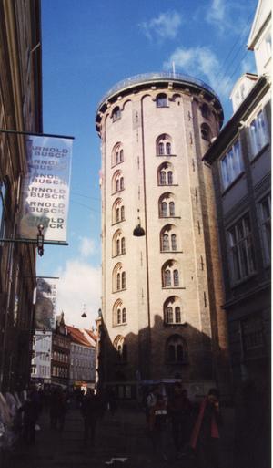 Round_tower_in_copenhagen