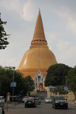 Phra_pathom_chedi_in_nakhon_pathom