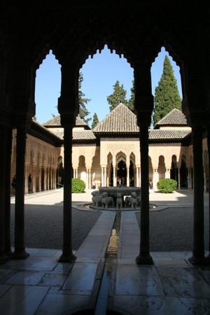 Alhambra_in_granada