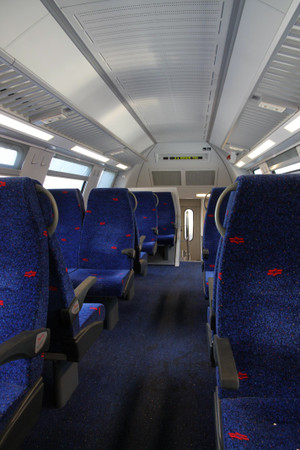 Inside_of_the_train_to_the_ben_guri