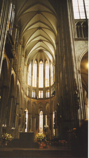 Cologne_cathedral_inside