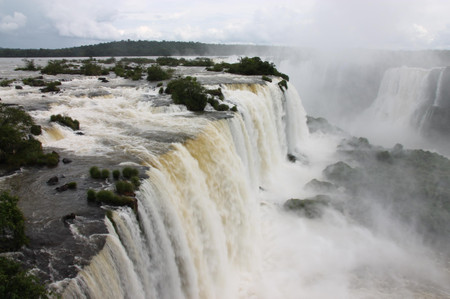 Iguazu_falls_2