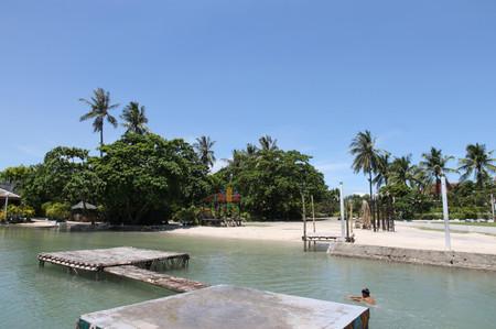 Beach_on_mactan_island