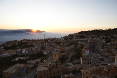Sunset_in_almahwit