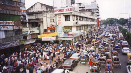 Near_the_new_market_in_dhaka