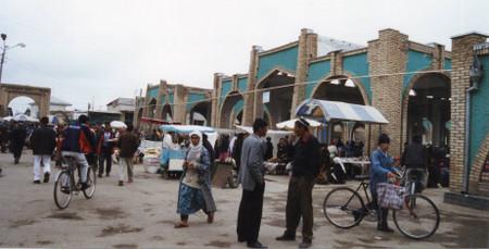 Chorsu_bazaar_in_shahrisabz_1