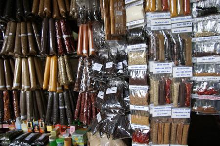 Kandy_central_market_2