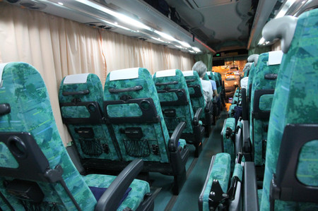 Night_bus_for_aomori