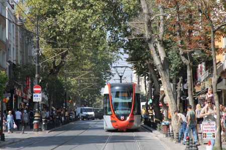Tram_t1_in_istanbul