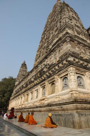 Mahabodhi_temple_in_budha_gaya