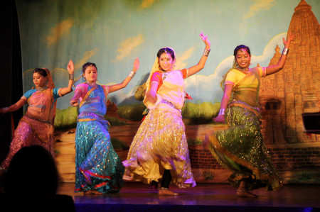 India_folk_dance_live_show_in_khaju