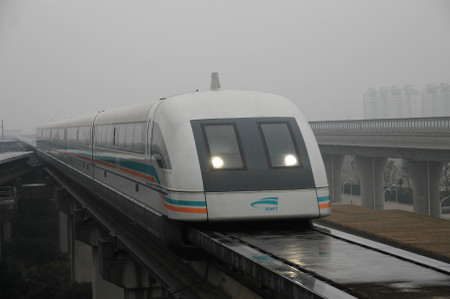 Shanghai_maglev_train