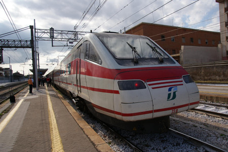 Etr480_at_caserta_station