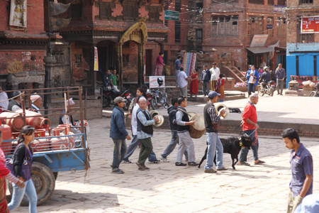 Music_instruments_in_bhaktapur
