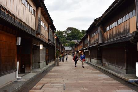 Higashichaya_old_town_in_kanazawa