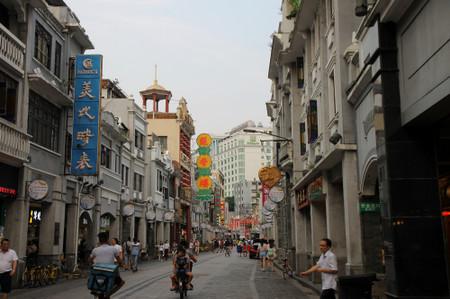 Di_shi_fu_road_in_guangzhou