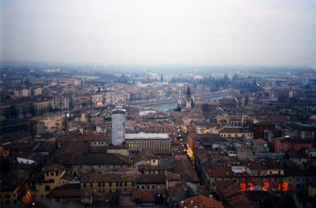 Verona_from_torre_dei_lamberti