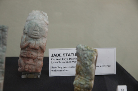 Jade_statute_at_museum_of_belize