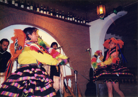 Folclore_show_at_cusco_1