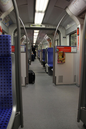 Inside_of_sbahn_of_munich