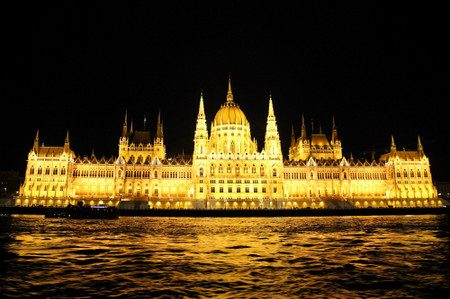 Parliament_in_budapest