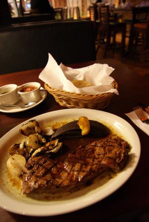 Steak_in_guatemala_city