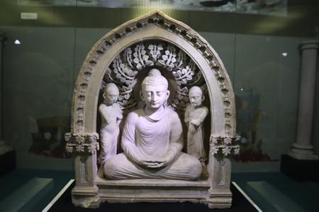 Buddha_from_termez