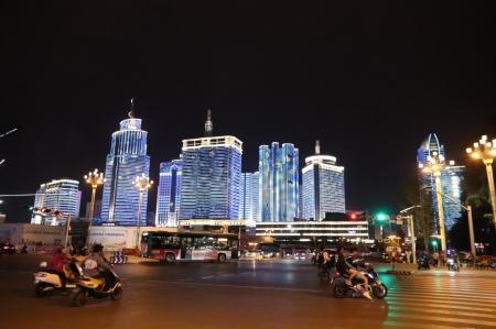 Kunming-at-night