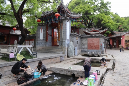 Three-wells-in-lijiang