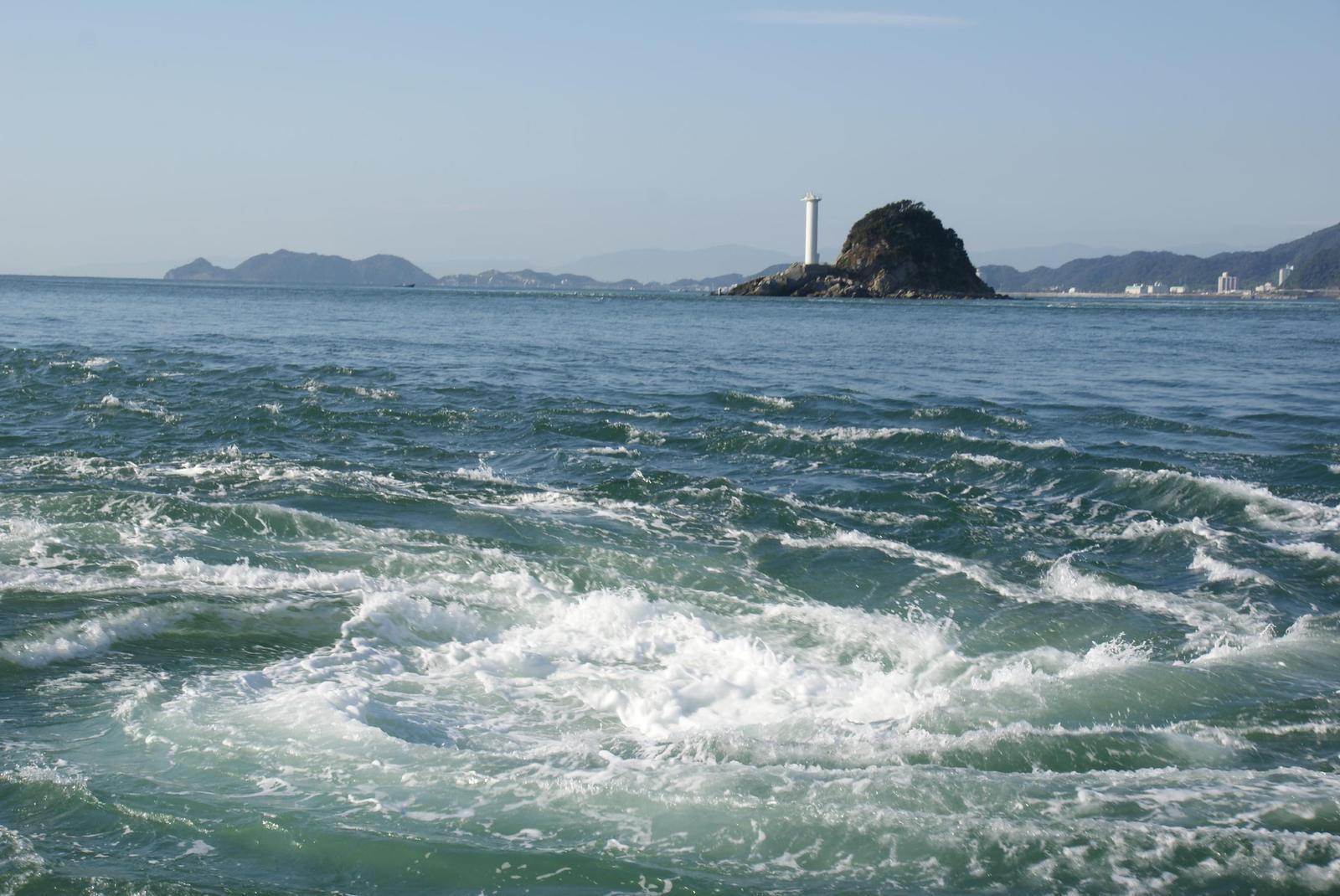 世界最大級のダイナミックな渦潮『鳴門の渦潮』 | wondertrip 旅行・観光マガジン 世界