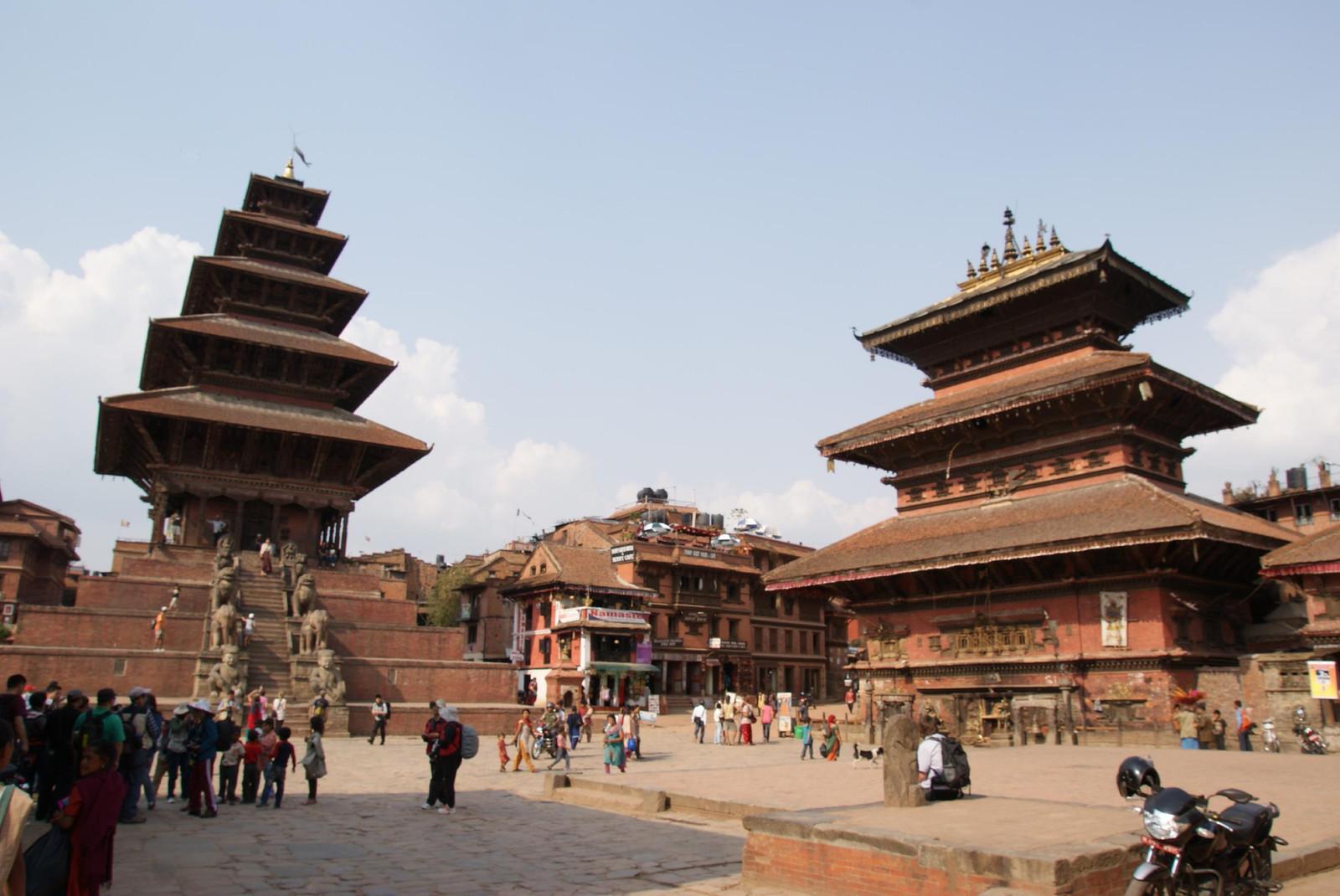 ネパール旅行(5)バクタプル、チ...