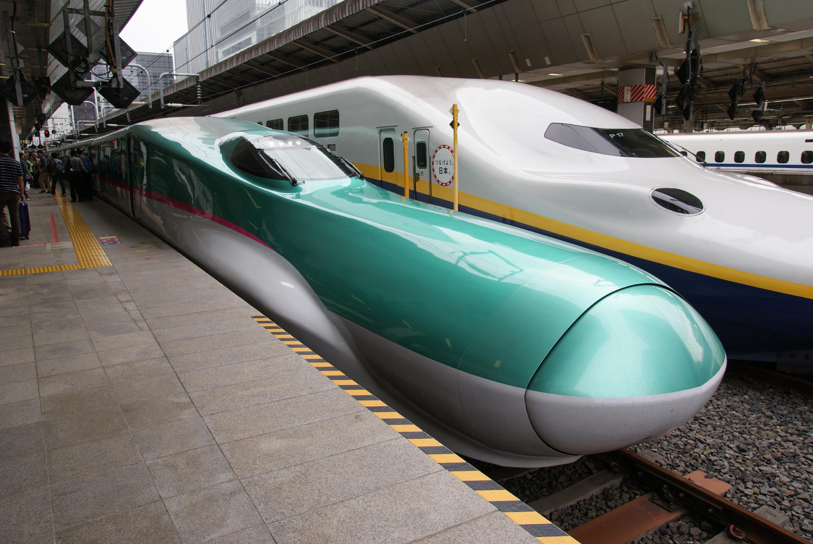世界の高速列車(13)日本の新幹線(E5系): 旅先に媚びない紀行文