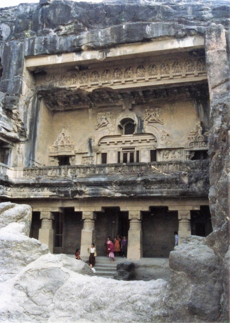 Cave-10-of-ellora-caves-outside